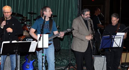 http://www.tbsfl.org/images/CafeNight/Rabbi-&-Burt-singing-websit.jpg